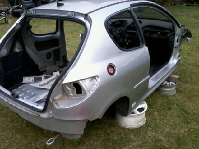 Procédure destruction voiture 24512210