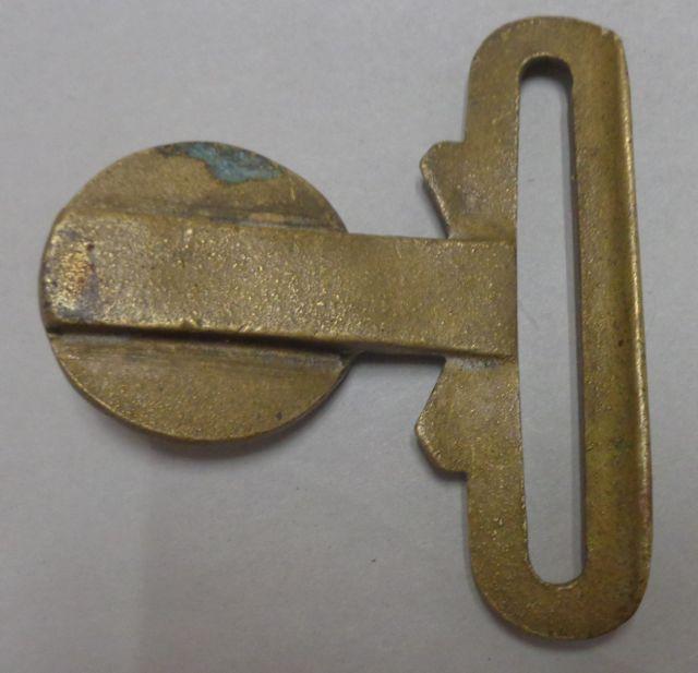 Trying to Identify Belt Buckle Beaver Dsc09811