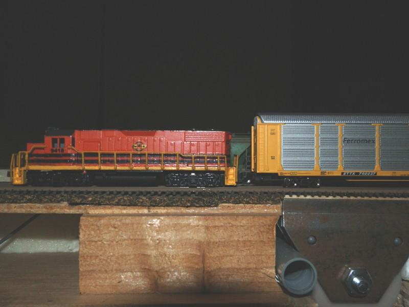 Déco GP38-2 Ferrocarril Chiapas Mayab / Genesee & Wyoming - Page 2 P9290114