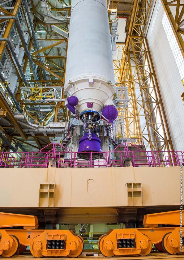Lancement Ariane 5 ECA VA227 / ARABSAT 6B & GSAT 15 - 10 Novembre 2015  1346-210