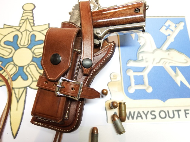 "The ""WILD BUNCH"" I.S HOLSTER by SLYE Dscf2117"