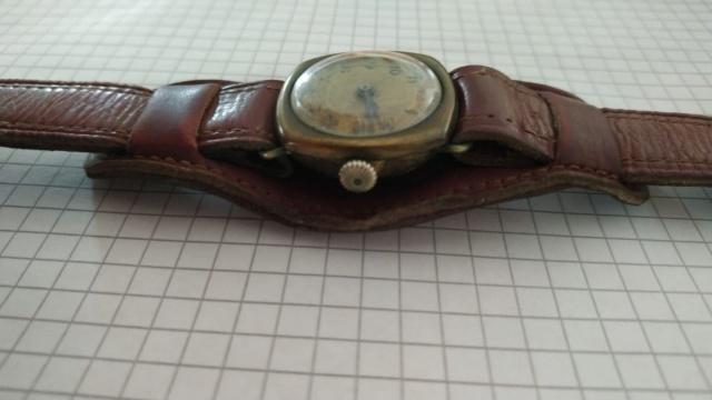 Les montres civiles utilisées par les militaires français, 1943-1962 93407110