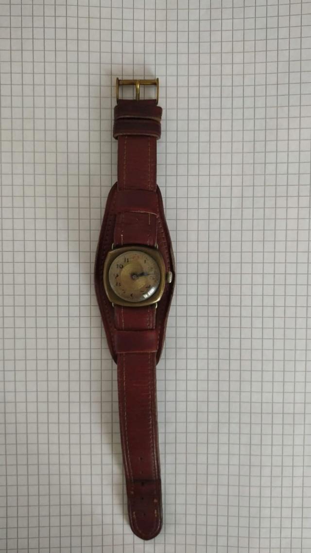 Les montres civiles utilisées par les militaires français, 1943-1962 93805510
