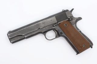 "Radio du II/1er RCP à Dien Bien Phu, opération ""Castor"" (novembre 1953) Colt1911"
