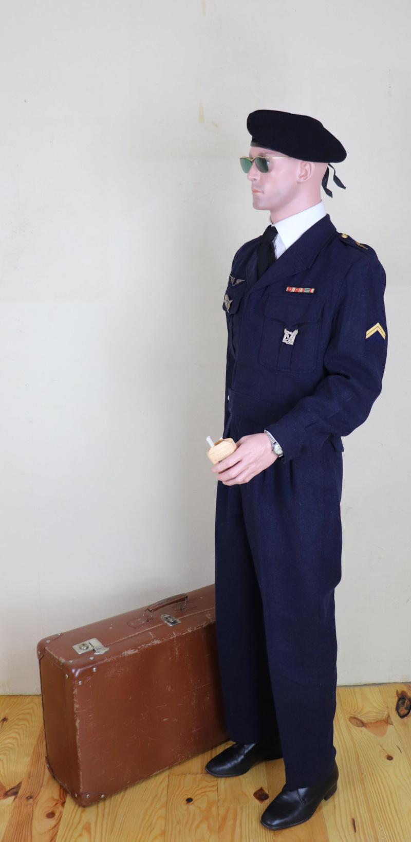 Sergent au CPA 20/541 en permission, décembre 1960 Cpaper13