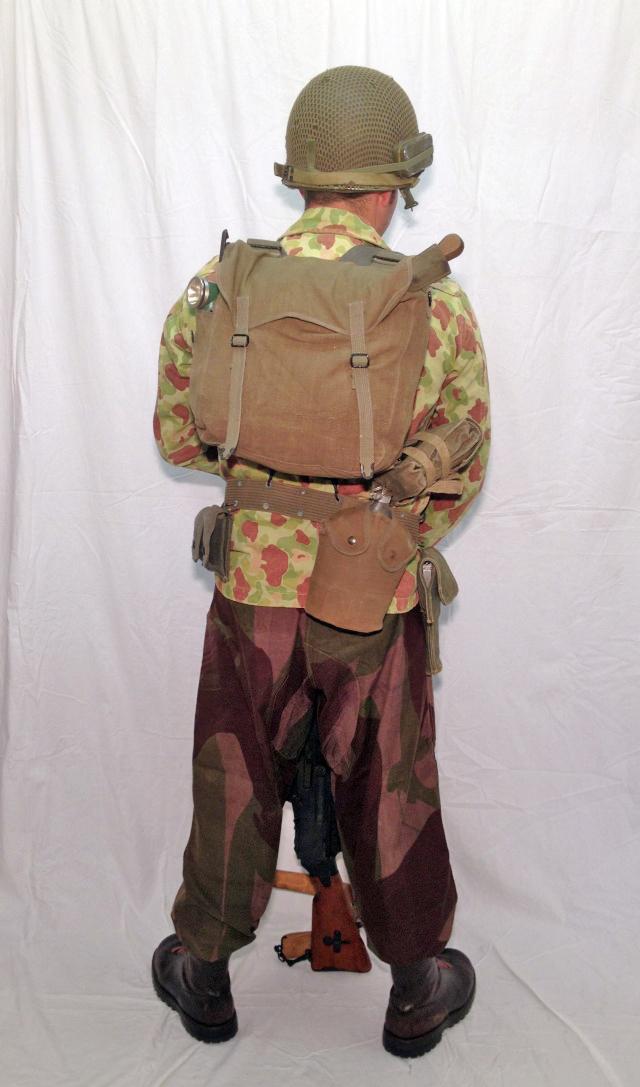 """Parachutiste du 8ème BPC, tireur FM à l'opération """"Brochet"""" (octobre 1953) Ok041010"""
