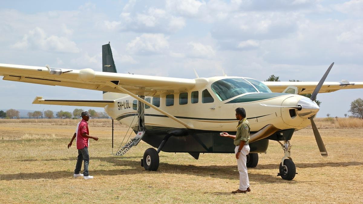 Vols de brousse en Tanzanie .     Img_4524