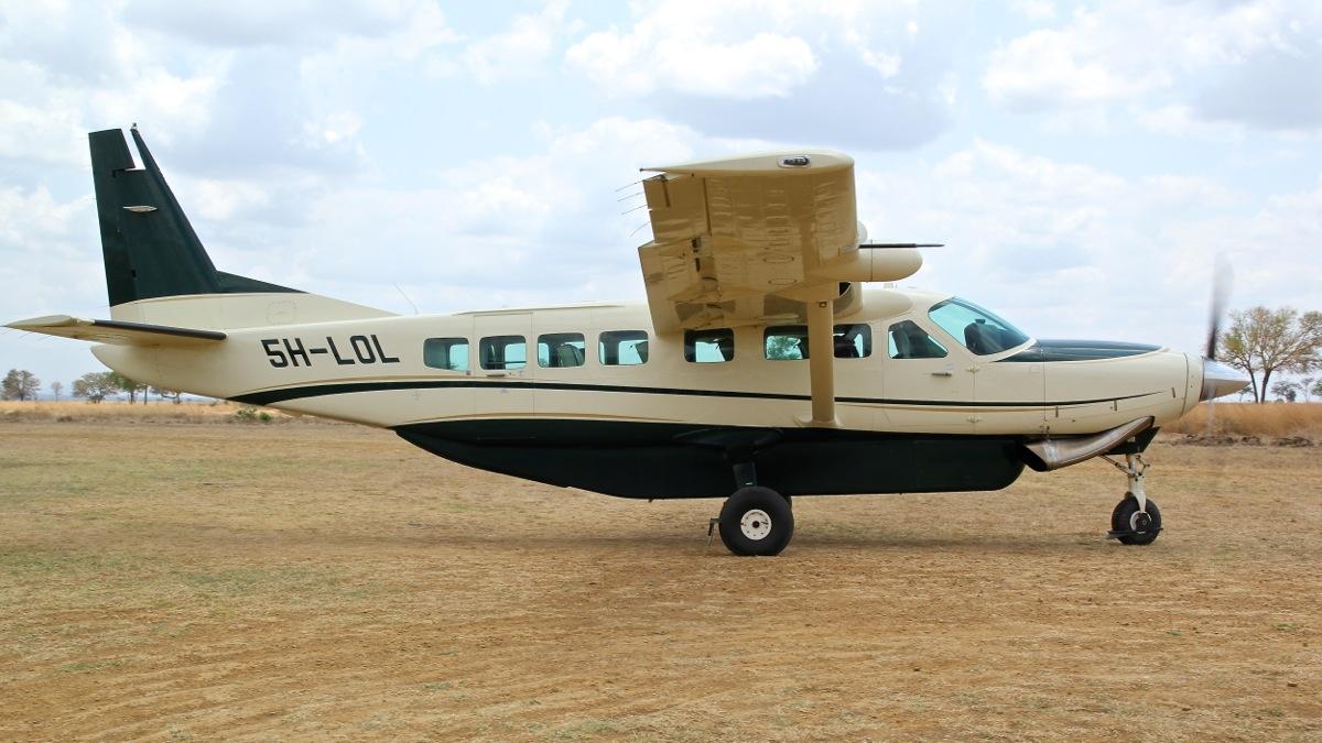 Vols de brousse en Tanzanie .     Img_4526