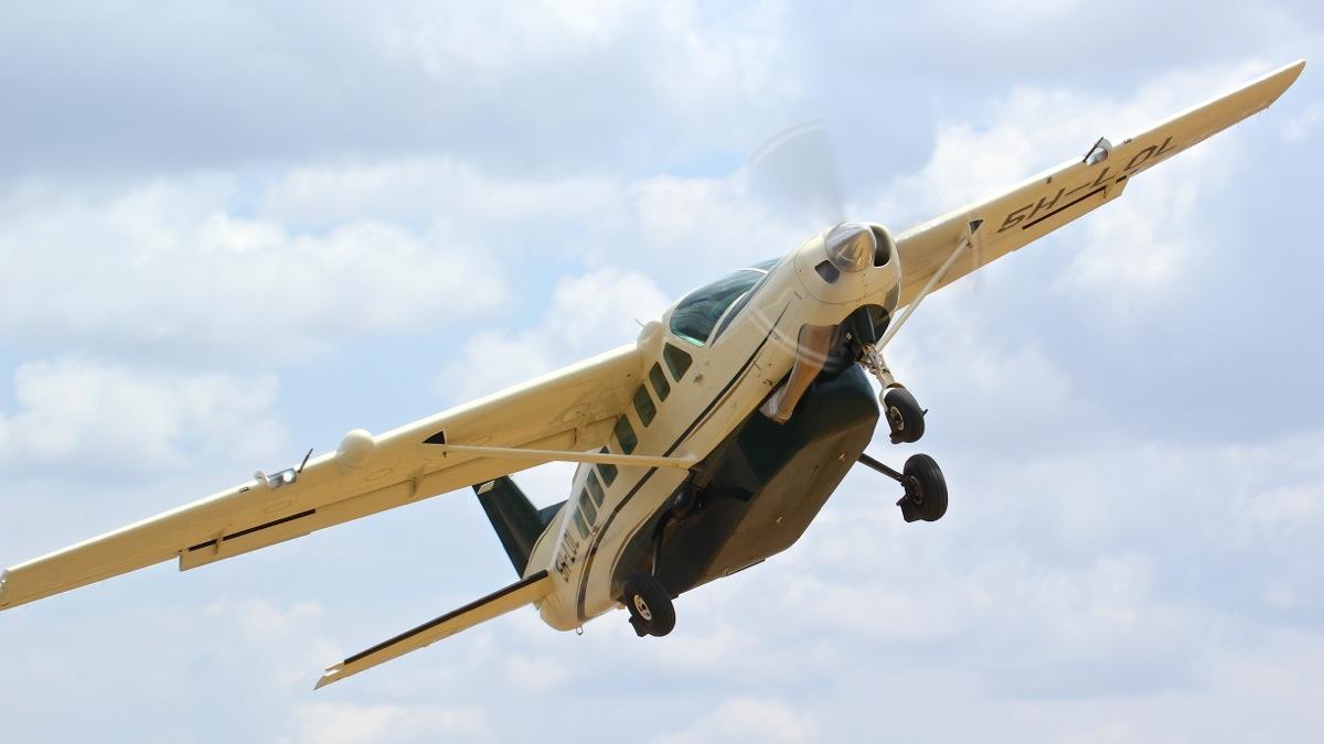 Vols de brousse en Tanzanie .     Img_4529