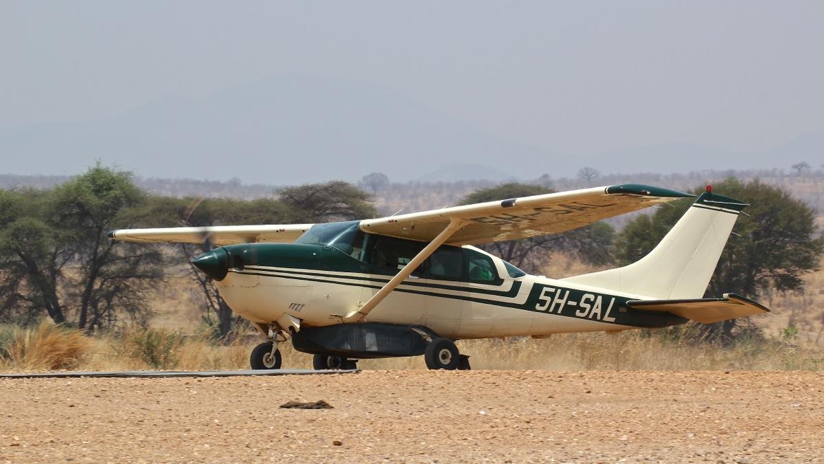 Vols de brousse en Tanzanie .     - Page 4 Img_5417