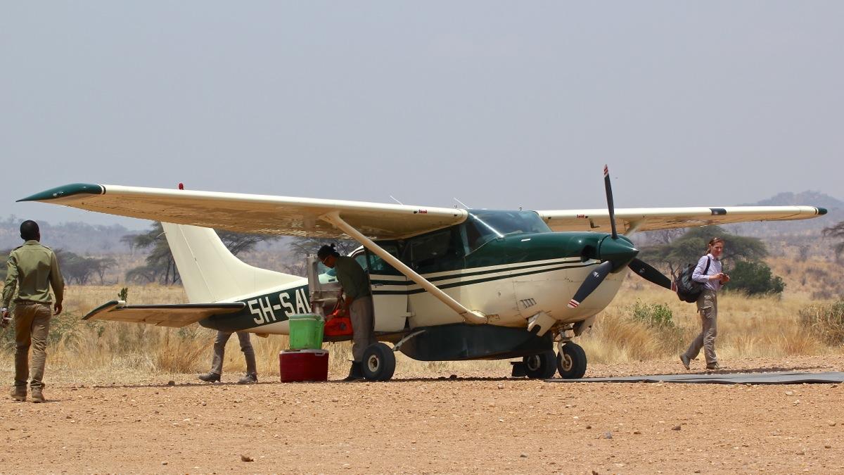 Vols de brousse en Tanzanie .     - Page 4 Img_5419