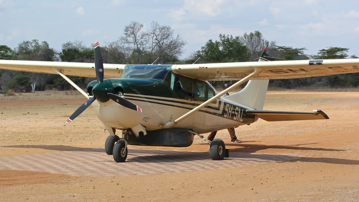 Vols de brousse en Tanzanie .     - Page 5 Img_5421