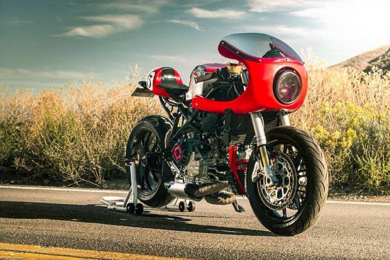 749 ducat' Ducati11
