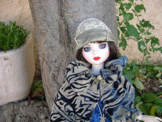 La nouvelle tenue de Miss Fisher (Ello résine de Léonie) Dscf0048