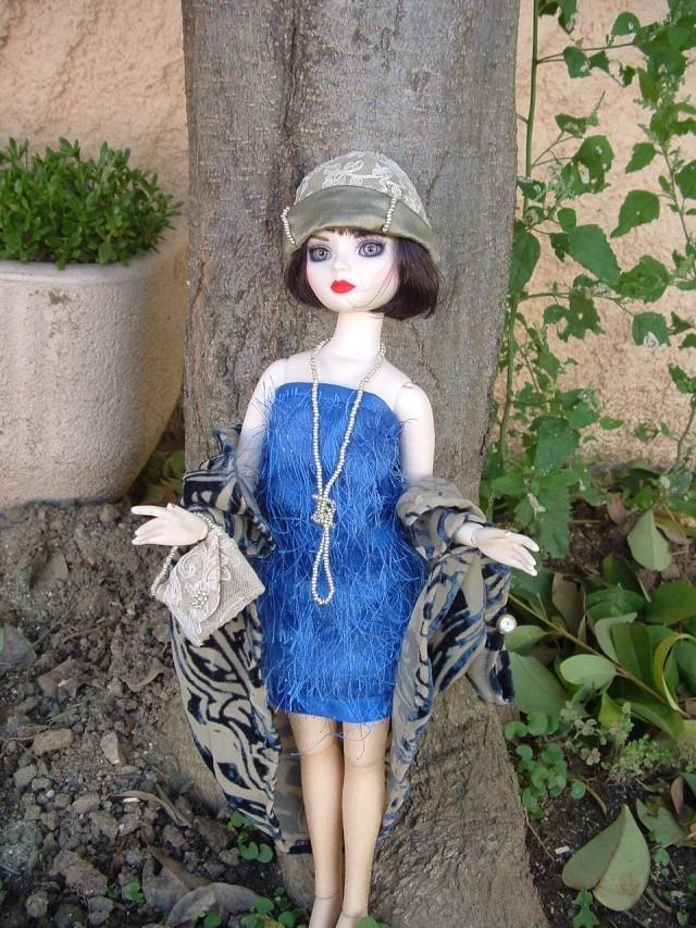 La nouvelle tenue de Miss Fisher (Ello résine de Léonie) Dscf0050