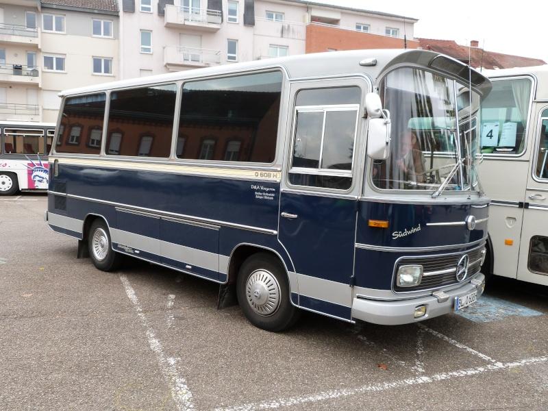 1er rassemblement europeen de l'autocar ancien à Haguenau  P1100523