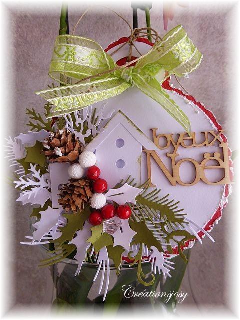 Cartes façon boules de Noël - Page 3 P1010833