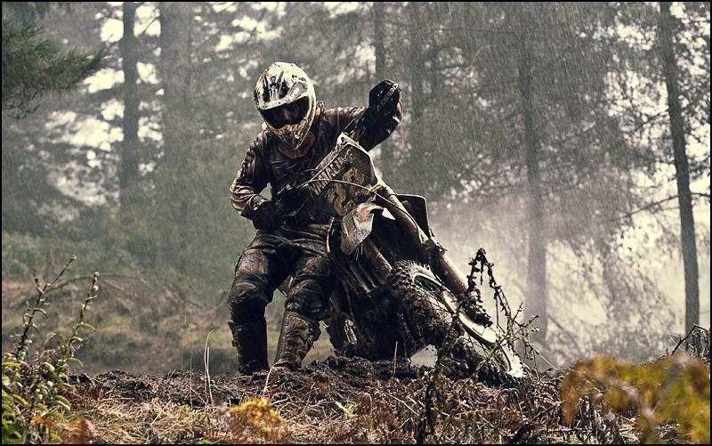 Les 5 catégorie de motards (modifier) - Page 2 6bf10010