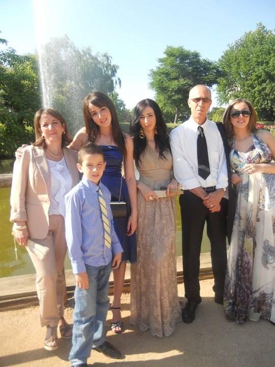 LA FAMILLE DE KENZA FARAH LA FAMILLE MAOUCHE 22555111
