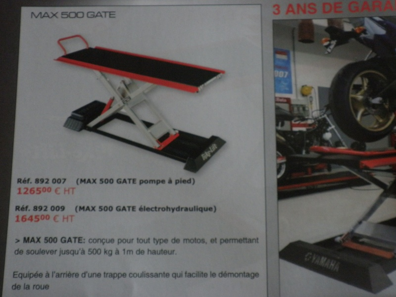 TABLE ELEVATRICE MOTO CARROUF 199 €  juin 2007 - Page 3 P5010415