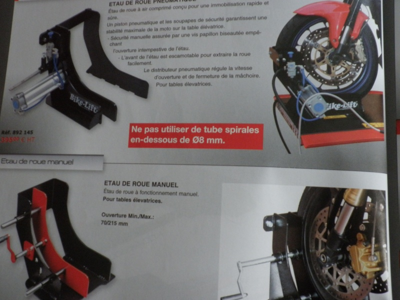 TABLE ELEVATRICE MOTO CARROUF 199 €  juin 2007 - Page 3 P5010419