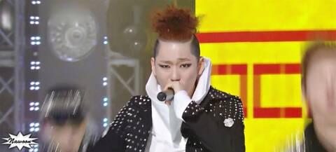 τραγούδι Ji Χιο βγαίνει με allkpop