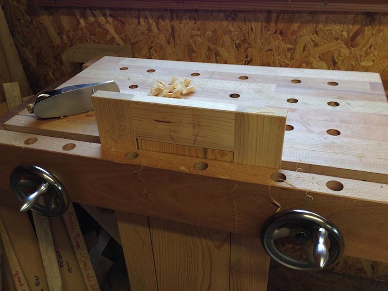 Encore une armoire à outils Img_4725