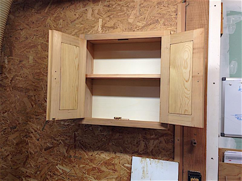 Encore une armoire à outils Img_4734