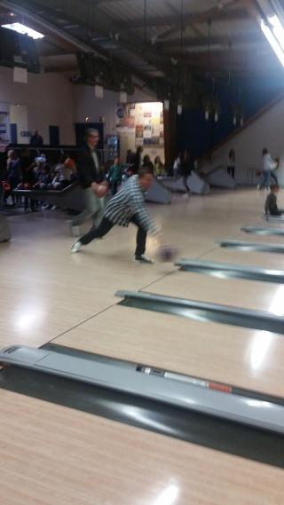 Journée bowling et karaoké le 17 octobre 2015 Bo110
