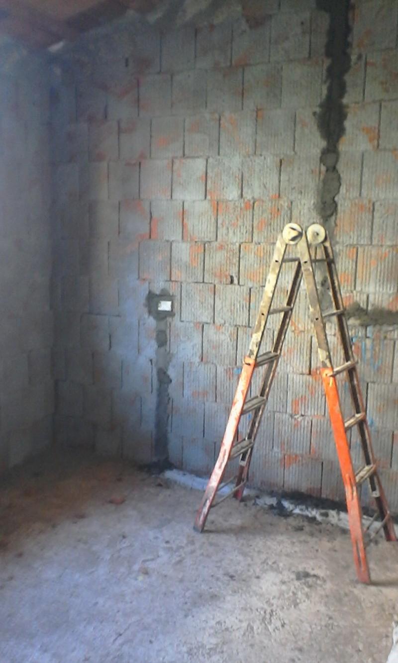 Mi costruisco la casa..!!! Questo si che è più di un restauro... - Pagina 6 Img_2010