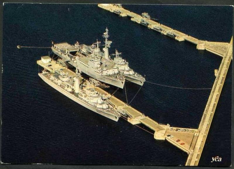 [Les ports militaires de métropole] Port de Brest - TOME 1 - Page 21 07533610