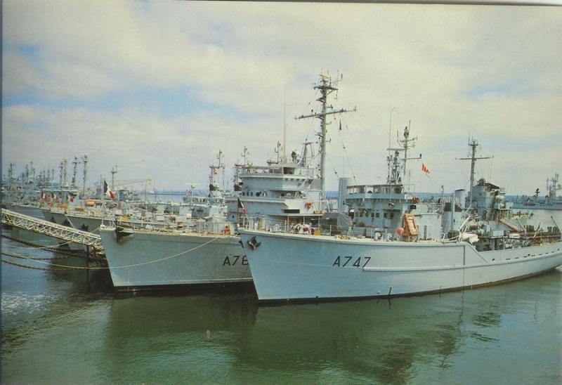 [Les ports militaires de métropole] Port de Brest - TOME 1 - Page 21 A7472010