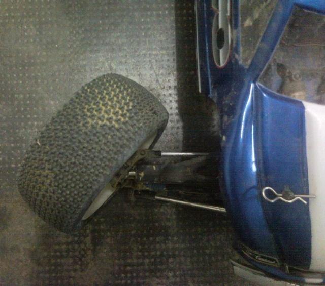 Réglages chassis pour piste TT lente avec nombreux virages - Page 2 10091411