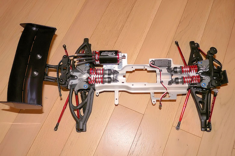 b-revo chassis alu et b-revo chassis carbone - Page 21 Image264