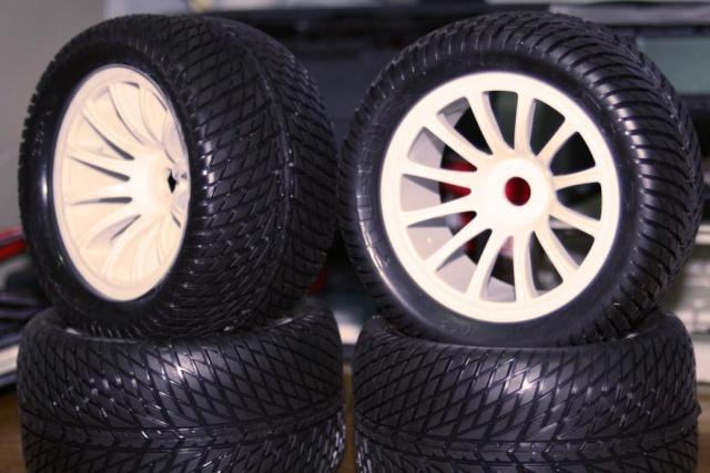 Jantes Rulux avec pneu ... ? Image420