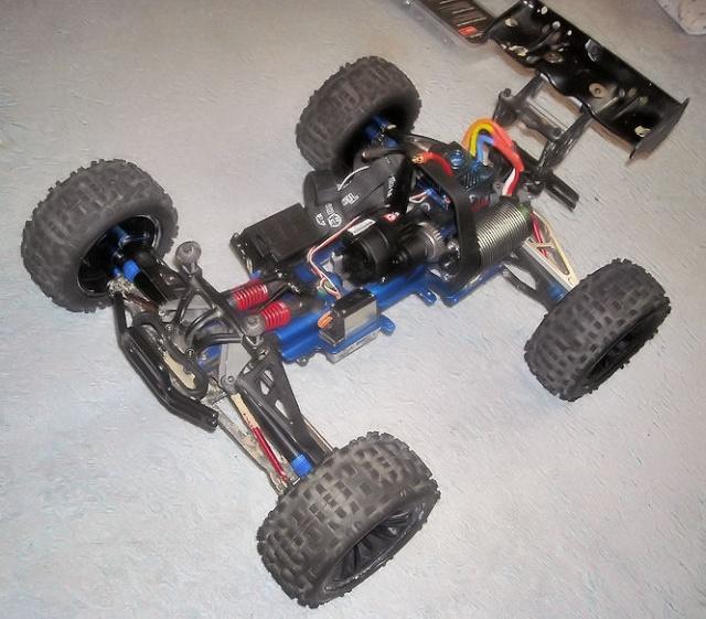 Mon B-revo rpm/alu Image538