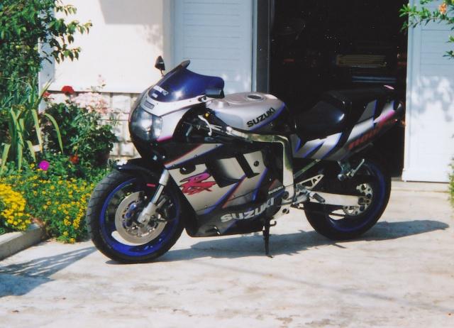 Motos / 125 / gros cube / sportives / cross / supermotard / etc... Img_0012