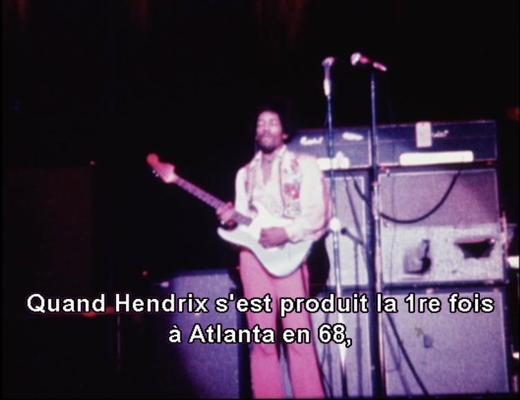 Toutes les vidéos de 1965 à 1970 - Page 5 Jimi_h10