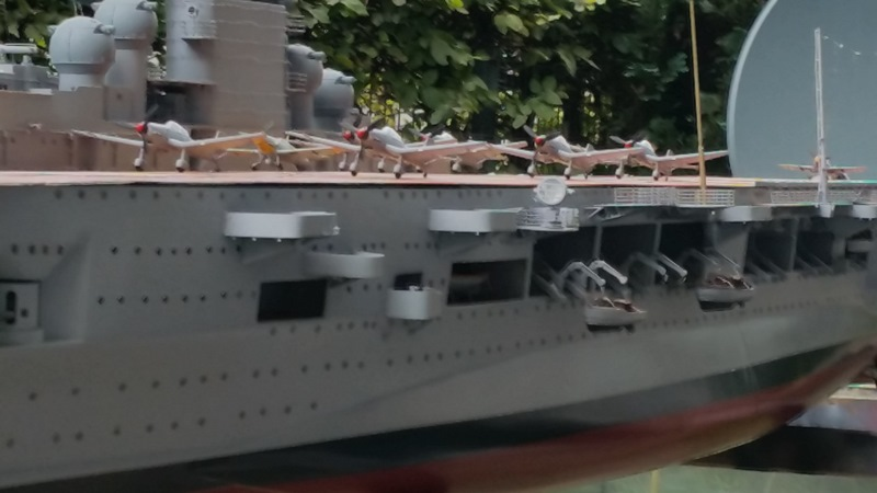 Flugzeugträger Graf Zeppelin 1:100 - Seite 33 20150912