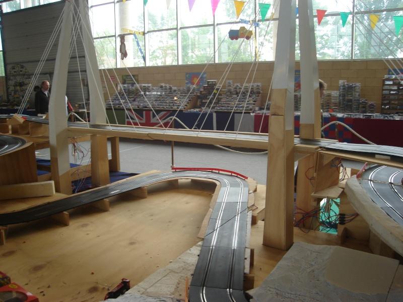 4ème salons du jouet les 4 et 5 juin 2011 - Page 2 Dsc01812