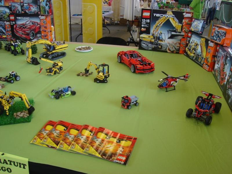 4ème salons du jouet les 4 et 5 juin 2011 - Page 2 Dsc01830