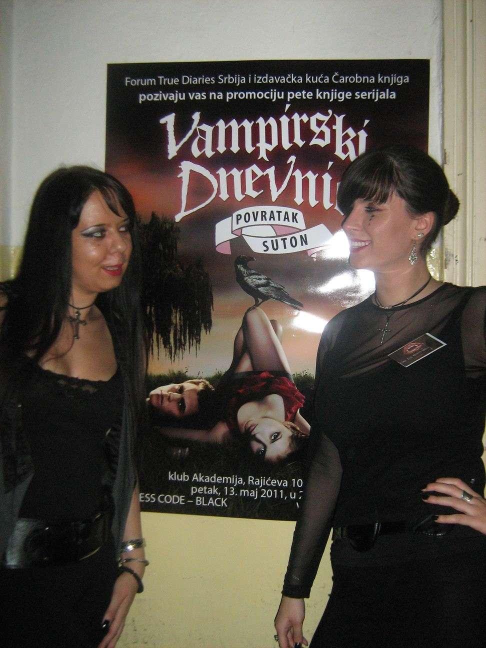 Akasha and Lilith bitches!Neka dešavanja...   Img_2210