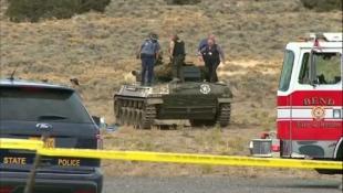 explosion survenue à l'intérieur d'un tank  21884610