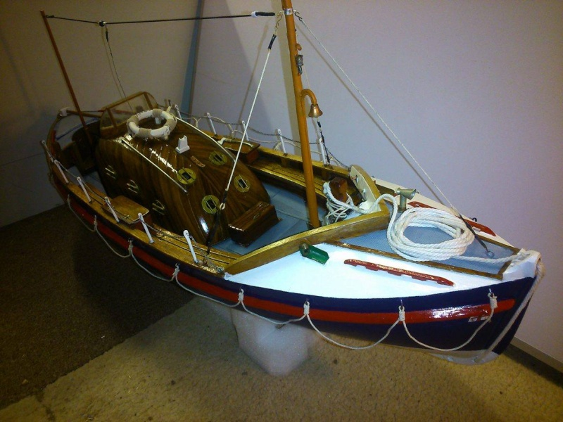 LIVERPOOL CLASS LIFEBOAT Liverp11