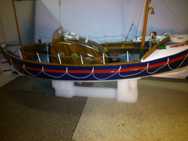 LIVERPOOL CLASS LIFEBOAT Liverp15