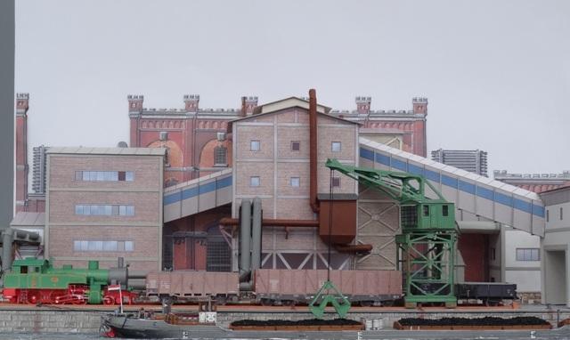 Industriediorama mit Hafen, 1:87 Dsc05323