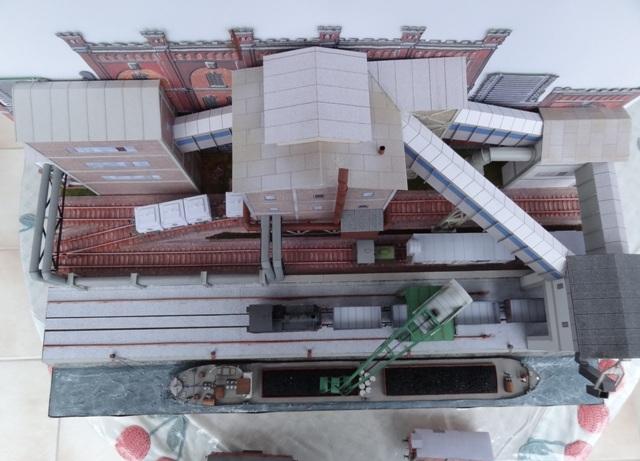 Industriediorama mit Hafen, 1:87 Dsc05326