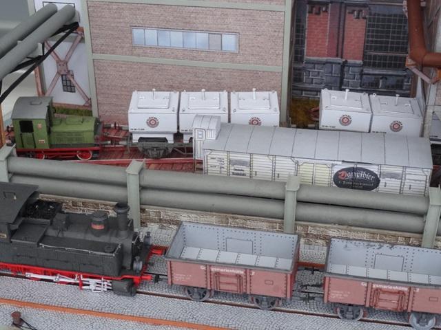 Industriediorama mit Hafen, 1:87 Dsc05329