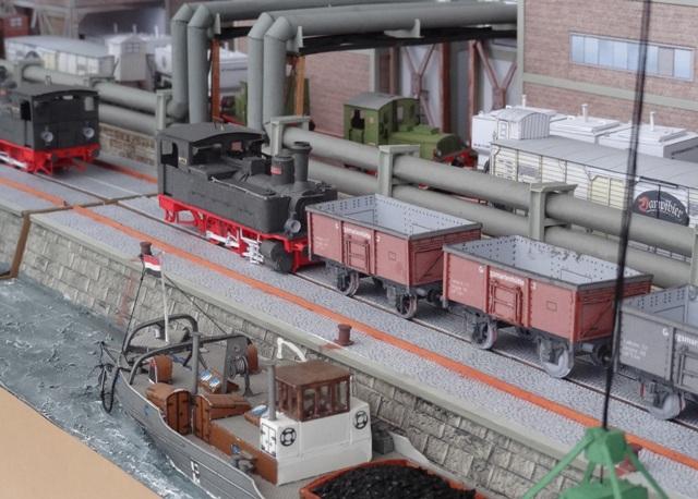 Industriediorama mit Hafen, 1:87 Dsc05331