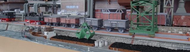 Industriediorama mit Hafen, 1:87 Dsc05332